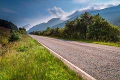 Дорога до Глен Kinglas Стоковое Изображение RF