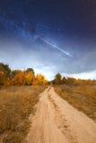 Дорога под starlight Стоковая Фотография