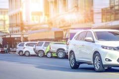 дорога припаркованная автомобилем Стоковое Фото