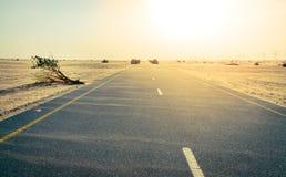 Дорога пустыни на Ближнем Востоке стоковое изображение