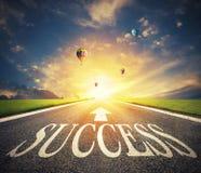 Дорога успеха Путь для новых возможностей для бизнеса стоковое фото rf