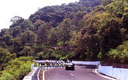 Дорога холма стоковое фото