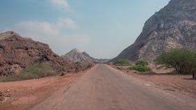 Дорога через горы пустыни Стоковое фото RF