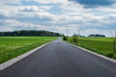Дорога через поля Стоковая Фотография