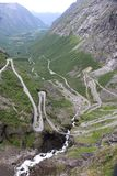 Дорога Trollstigen красивая в Норвегии стоковые изображения rf