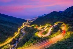 Дороги горного склона замотки в Jiufen, Тайване Стоковые Изображения