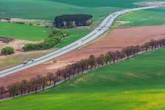 Дороги и поля фермы в Словакии Стоковое Изображение RF