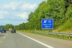 Дорожные знаки скоростного шоссе на автобане A81 показывая выход к Horb am Неккару Стоковое Изображение