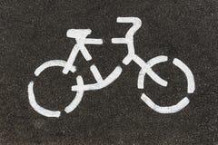 Дорожный знак велосипеда на улице Стоковая Фотография