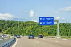 Дорожный знак скоростного шоссе на автобане A81, Ehningen/Boblingen-Hulb Стоковые Изображения