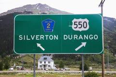 Дорожный знак сразу к Silverton и Дурангу, Колорадо, США Стоковая Фотография RF