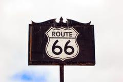 Дорожный знак трассы 66 Стоковая Фотография RF