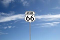 Дорожный знак трассы 66 Стоковая Фотография