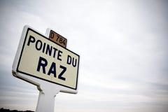 Дорожный знак: Pointe du raz Стоковые Фотографии RF