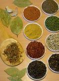 доска spices деревянное Стоковое Изображение