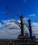 Доставка вытягивает шею на порте Albany NY, на Гудзоне Стоковое Изображение RF