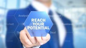 Достигните ваш потенциал, человека работая на голографическом интерфейсе, визуальном экране стоковая фотография