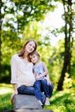 дочь ее малое мати супоросое Стоковое Изображение RF