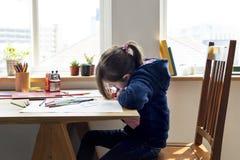 Дочь тратит учить праздника счастья времени Стоковые Фото