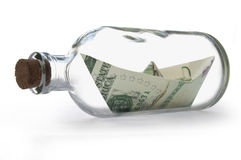 Доллары внутри бутылки сообщения Стоковая Фотография RF