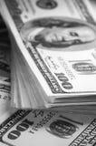 Доллары конца-вверх стога Стоковые Изображения