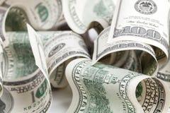 Доллары Соединенных Штатов Куча 100 USD банкнот Стоковое Изображение