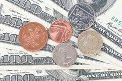 Доллар и деньги монетки Стоковое Изображение RF
