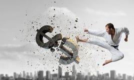 Доллар нападения человека карате Стоковая Фотография RF