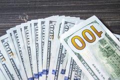 Доллар, доллар США, изображения доллара для мест обменом, изображения доллара в различных концепциях, деньги подсчитывая руку, де Стоковое Фото
