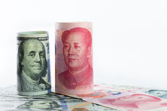 Доллар США против юаней Китая Стоковое Фото