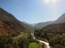 Долина, горы атласа стоковые фото