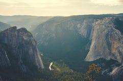 Долина национального парка Yosemite, Калифорния, США Стоковое Изображение