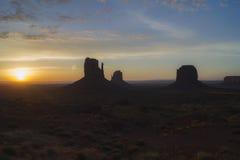 Долина Юта памятника, восход солнца Стоковые Фото