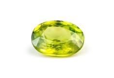 Драгоценная камень зеленого sphene titanite естественная Стоковое Фото