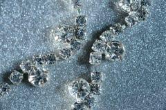 Драгоценности с концом-вверх диамантов на светлой предпосылке Стоковые Фотографии RF