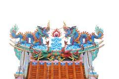 дракон на крыше стоковое фото rf