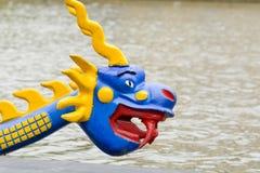 Дракон на смычке шлюпки дракона Стоковая Фотография