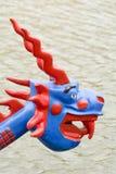 Дракон на смычке шлюпки дракона Стоковое Изображение