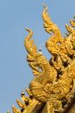 Дракон скульптуры на тонне лотка Wat Sri стоковое изображение
