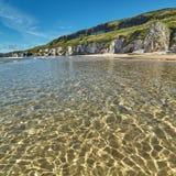 Драматическая береговая линия в Северной Ирландии Стоковые Изображения