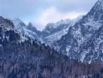 Драматическая погода над пиками высокого Tatras Стоковые Изображения RF