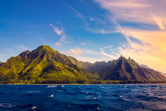 Драматический ландшафт побережья Na Pali, Кауаи, Гаваи Стоковая Фотография RF