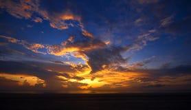 драматический восход солнца стоковое фото
