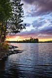 драматический заход солнца озера Стоковые Фото
