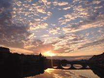 Драматический заход солнца в Флоренции Стоковые Изображения RF