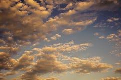 Драматический заход солнца и небо восхода солнца Стоковые Фотографии RF