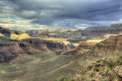 Драматический свет грандиозного каньона стоковые фото