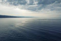 Драматическое бурное Средиземное море, Хорватия Стоковое Изображение RF