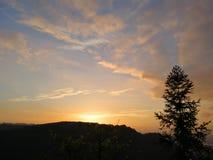 драматическое небо вечера Стоковое Фото