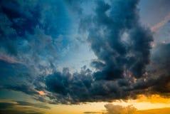 драматическое небо Стоковое Фото